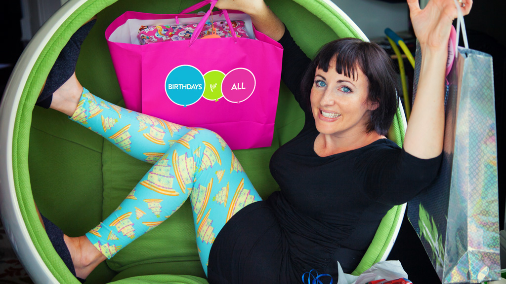 Steffi with her limited edition LulaRoe birthday leggings